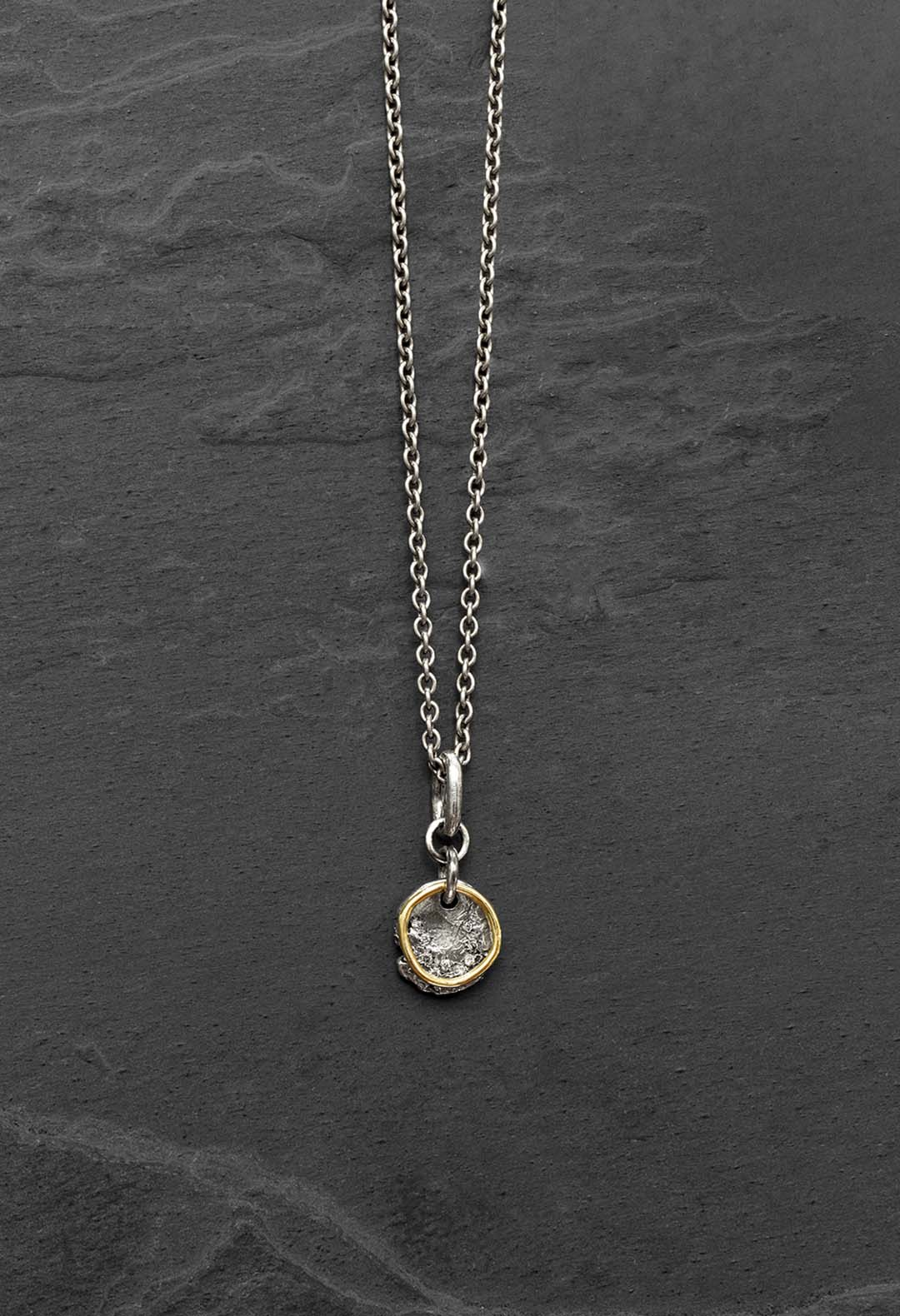Pendent gold ring necklace