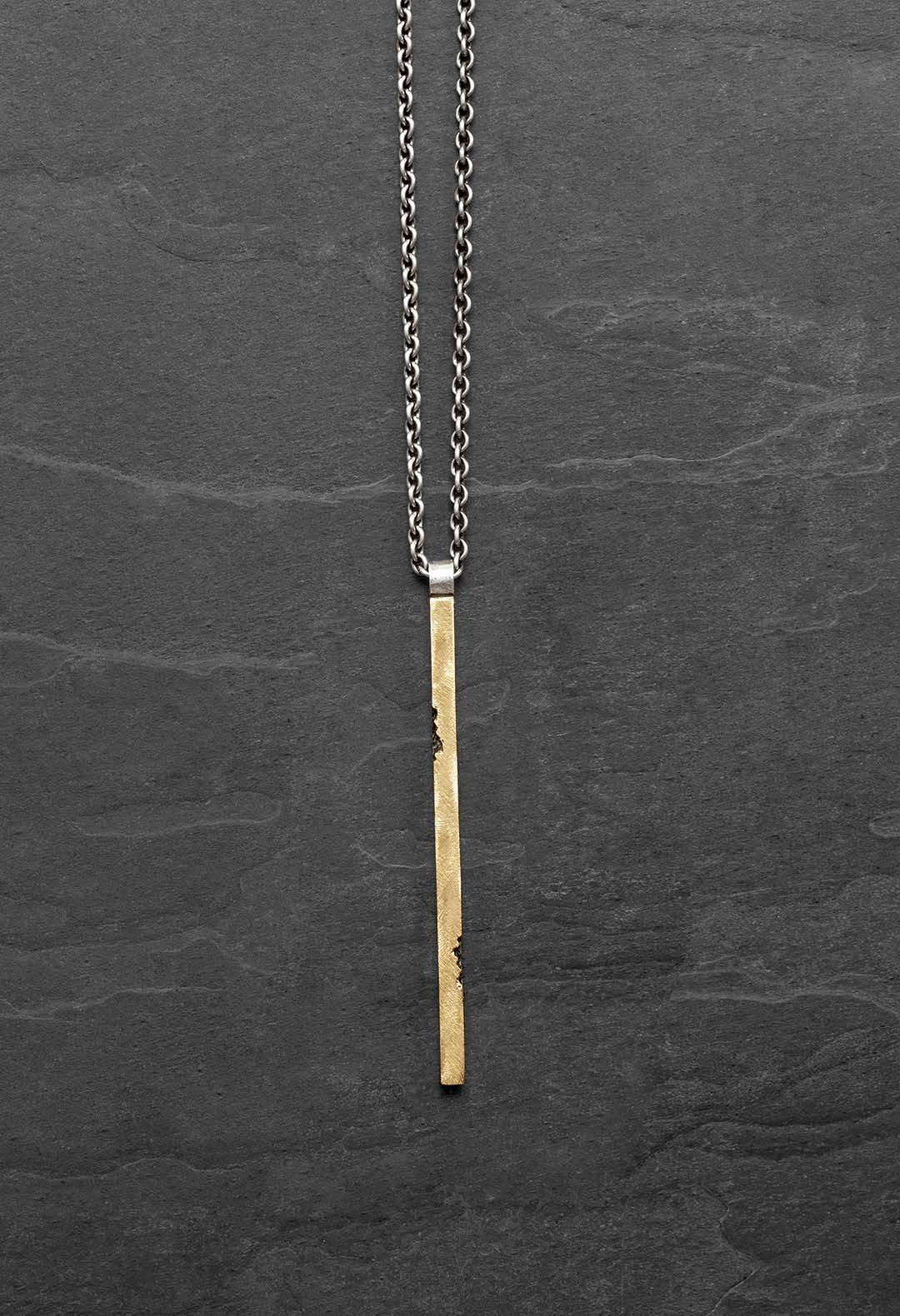 Gold stick necklace